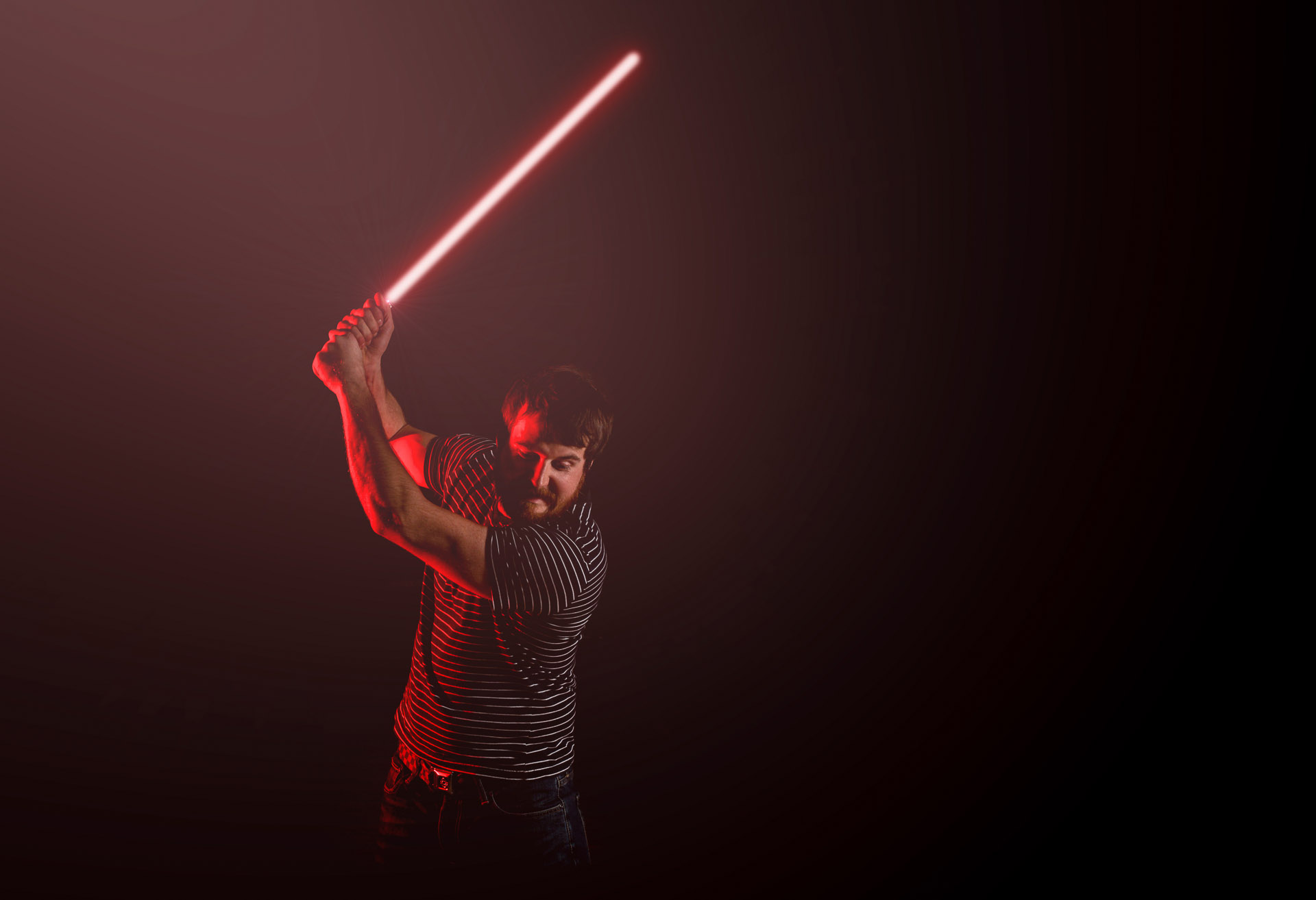 Behind the Scenes: A Star-Wars Themed Lightsaber-Wielding Portrait Picture