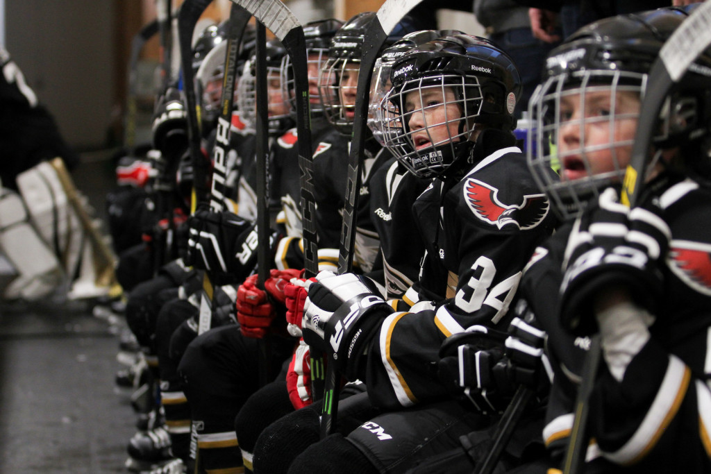 How to set your shutter speed when taking hockey pictures