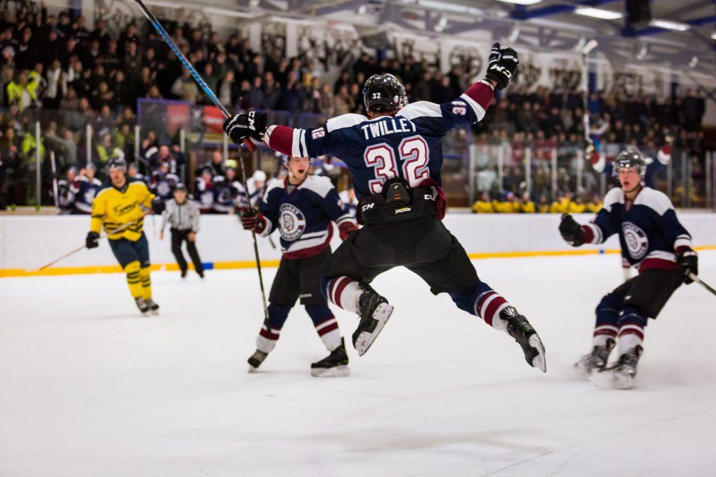 hockey-sports-photographer-orangeville-newmarket