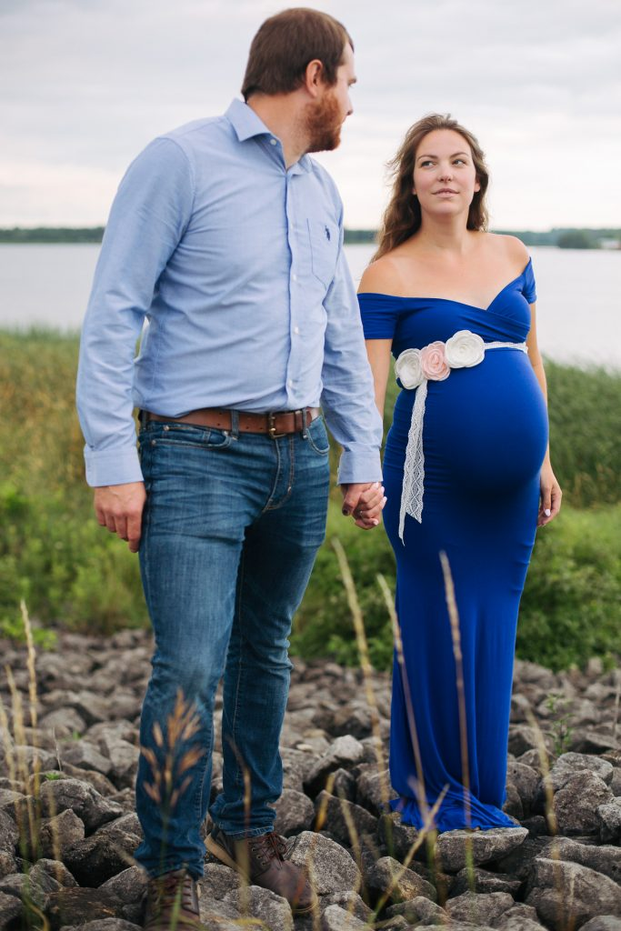 Maternity portrait photography in Orangeville by photographer Frank Myrland